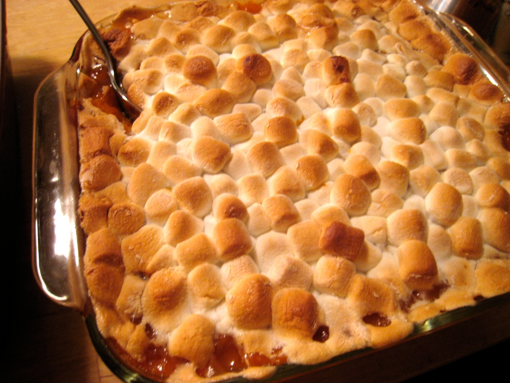 Maple Syrup Sweet Potatoes Topped with Tiny Marshmallows ...