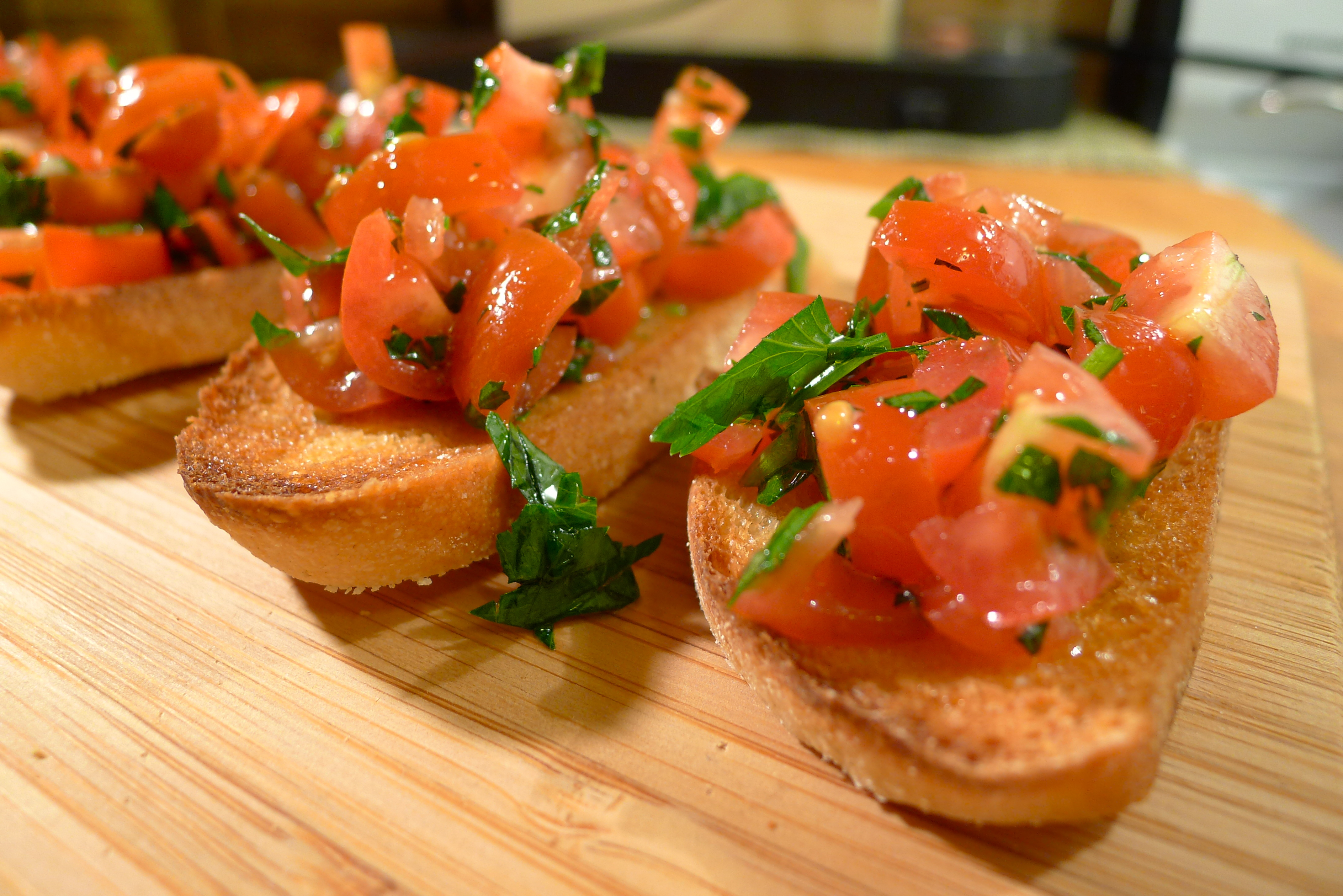 tomato and parsley bruschetta coolcookstyle. Black Bedroom Furniture Sets. Home Design Ideas