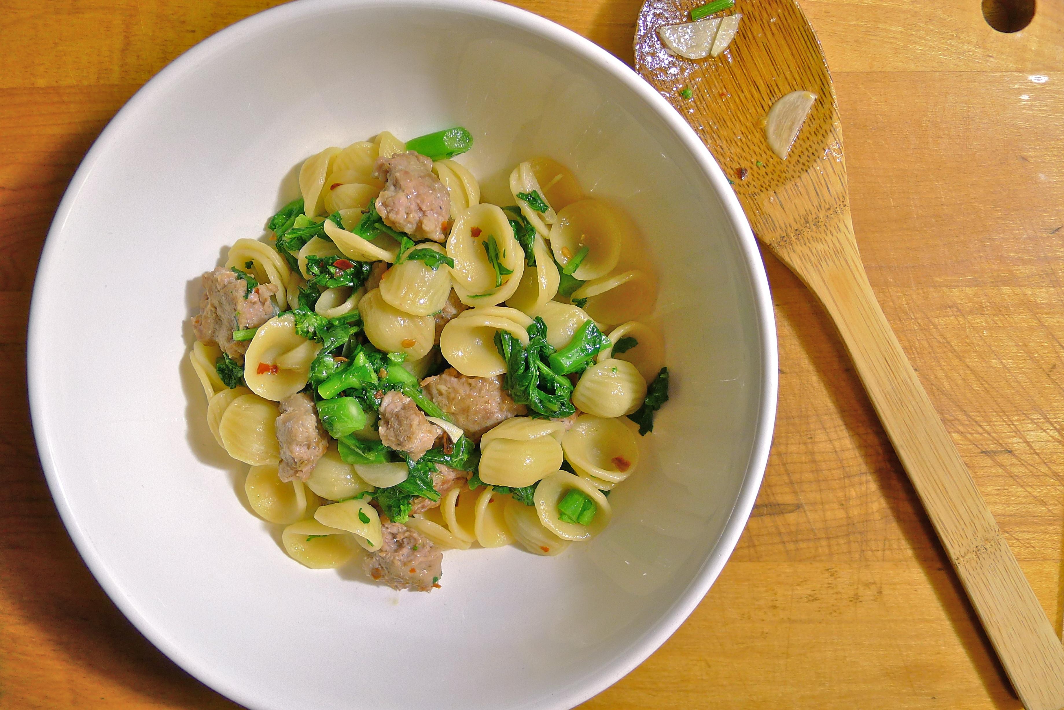 Orecchiette with Broccoli Rabe and Italian Sausage (Orecchiette con ...